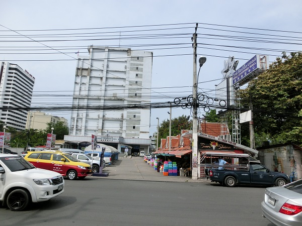 pattaya second road Mike shopping mall