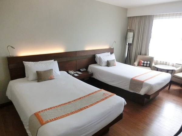centara-hotel-convention-centre-udon-thani-bed